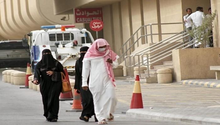 إصابات كورونا تتراجع في الخليج باستثناء الكويت والبحرين