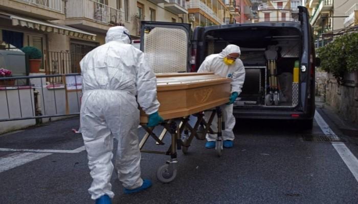 إيطاليا تسجل أعلى إصابات بكورونا منذ أسبوع