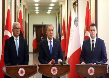 وزير الدفاع التركي يدعو لقطع الإمدادات عن حفتر وميليشياته