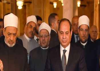 مشايخ الديكتاتور.. كيف استغل السيسي المؤسسات الدينية لتحقيق مكاسب سياسية؟