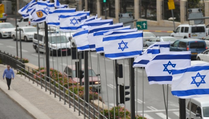 التطبيع يتصاعد.. رصد رحلة مباشرة من تل أبيب إلى أبوظبي