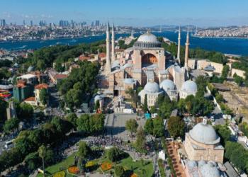 قصة عميل أمريكي مهد لأتاتورك تحويل آيا صوفيا إلى متحف