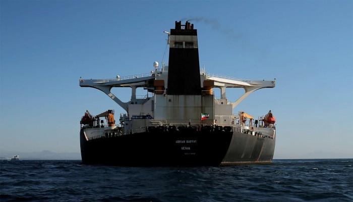 كيف سترد إيران إذا هاجمت أمريكا ناقلاتها النفطية إلى فنزويلا؟