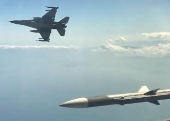 بالفيديو.. تدريبات جوية للقوات التركية شرقي المتوسط