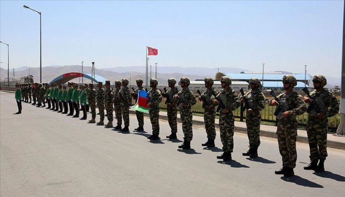 انطلاق مناورات عسكرية تركية أذربيجانية