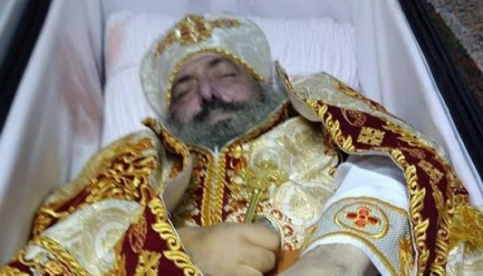 مصر.. وفاة قس متأثرا بكورونا