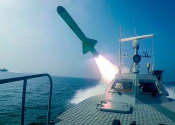 تدريبات الحرس الثوري.. رسالة لواشنطن والداخل الإيراني