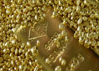 للمرة الأولى بالتاريخ.. الذهب يتجاوز 2000 دولار للأوقية