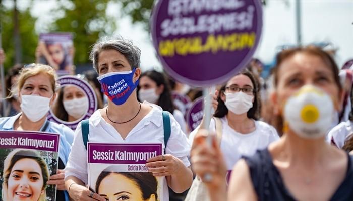 تركيا تدرس الانسحاب من اتفاقية لحماية النساء من العنف