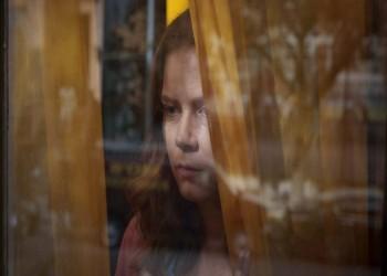 """سعيا خلف الإثارة.. نتفليكس تتفاوض على """"امرأة عند النافذة"""""""