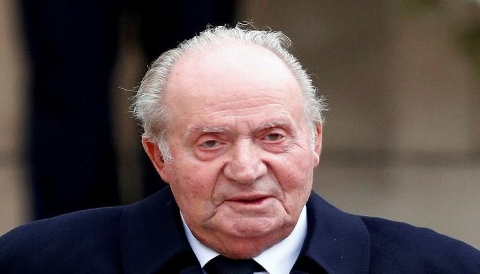 ملك إسبانيا السابق المتورط بقضايا فساد يسافر إلى أبوظبي