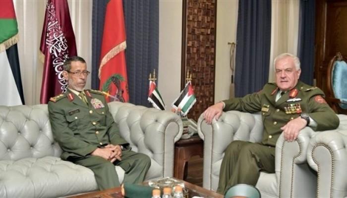الإمارات والأردن يبحثان تعزيز التعاون العسكري
