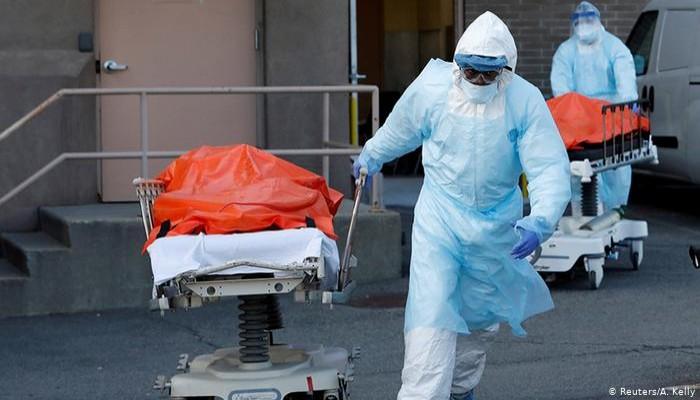 كورونا.. وفاة كل 15 ثانية وإجمالي الوفيات 700 ألف شخص