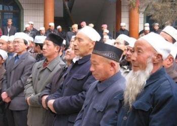 70 رجل دين في أوروبا: الصين تستهدف إبادة الإيجور