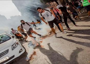 الأمن اللبناني يطلق الرصاص المطاطي بكثافة على متظاهرين وسط بيروت
