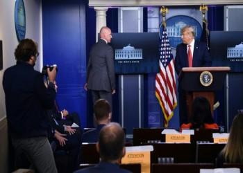 إطلاق نار بمحيط البيت الأبيض ونقل ترامب إلى الملجأ