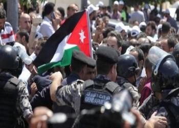 يمنع تجمع أكثر من 20.. الأردن يفعّل قرارا لمواجهة الاحتجاجات وكورونا