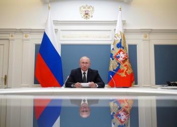 بوتين يعلن تلقي ابنته لقاح كورونا الروسي الجديد