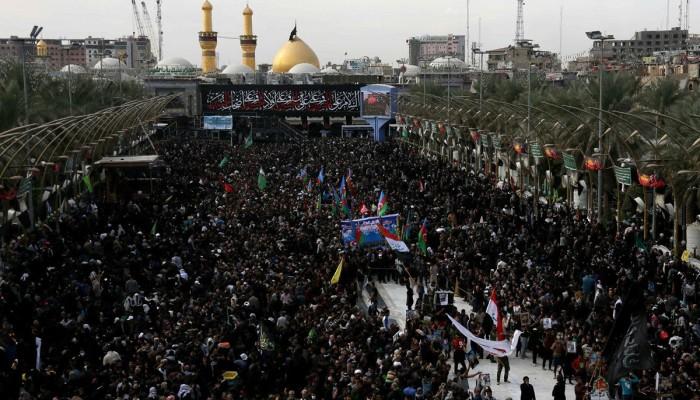 رجل دين إيراني: من يمت بكورونا في مراسم عاشوراء شهيد