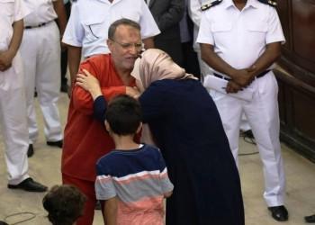من هو عصام العريان ولماذا رثاه الجميع في مصر؟