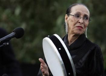 بعد بلوغ 94 عاما.. أشهر مطربة شعبية مغربية تعتزل الغناء