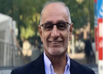 عبدالخالق عبدالله يواصل الترويج للتطبيع الإماراتي