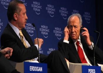 داود أوغلو يكشف كواليس غضب أردوغان من بيريز وانسحابه من مؤتمر دافوس