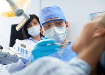 الصحة العالمية تطلب تجنب الزيارات الروتينية لطبيب الأسنان بسبب كورونا
