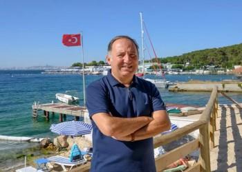 صاحب نظرية الوطن الأزرق التركي: فرنسا تصب الزيت على النار
