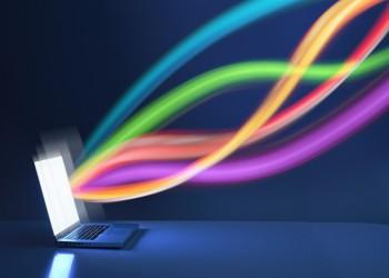 تكفي لتحميل 1500 فيلم في ثانية.. باحثون يسجلون سرعة مذهلة للإنترنت