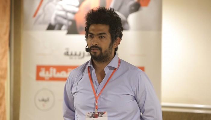 صحفي مصري يتقدم ببلاغ للتحقيق في اتهامه بالتحرش والاغتصاب