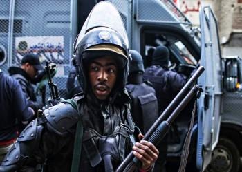 لاكروا: السيسي يدير آلة القمع بأقصى سرعة في مصر