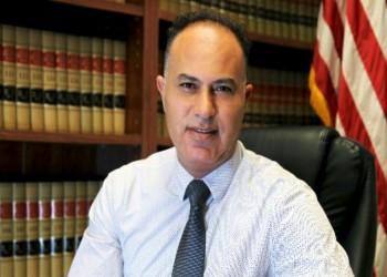 محامي أمريكي - فلسطيني يشكو حفتر والإمارات بالجنائية الدولية