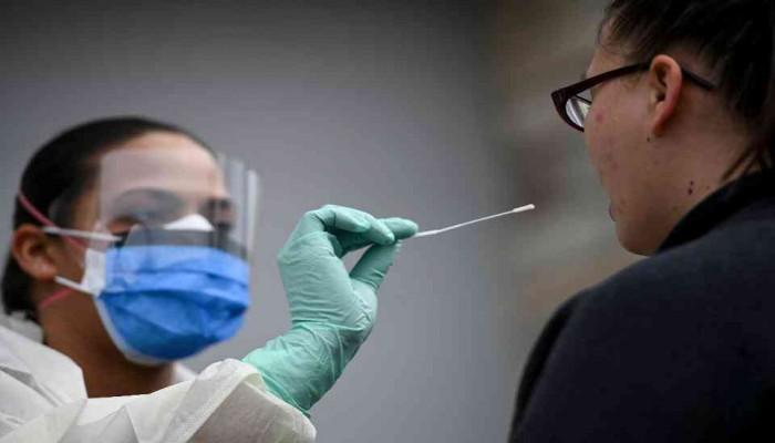 أمريكا ترخص اختبارا جديدا يكشف عن الإصابة بكورونا في دقائق