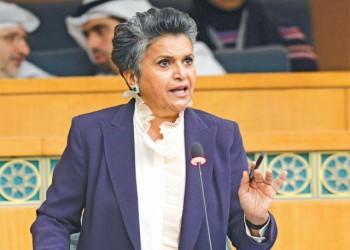 نائبة كويتية تطالب بفرض رسوم استخدام الطرق على الوافدين