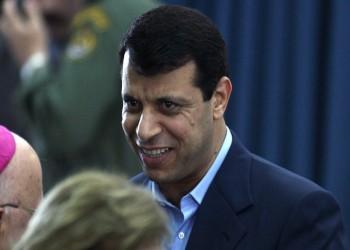 صحيفة عبرية: التطبيع الإماراتي الإسرائيلي يعزز خلافة دحلان لعباس