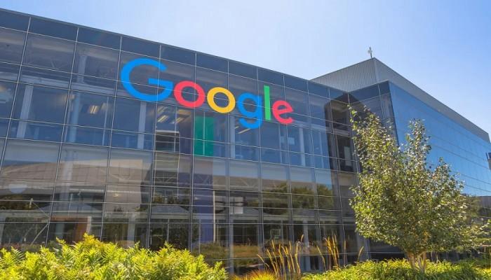 شهادة في 6 أشهر.. جوجل تقتحم التعليم العالي وتنافس الجامعات