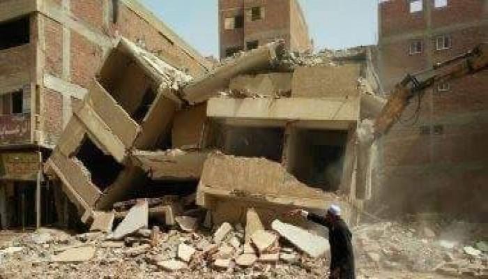 مصر.. متظاهرون يقطعون طريقا رئيسيا احتجاجا على هدم منازلهم (فيديو)