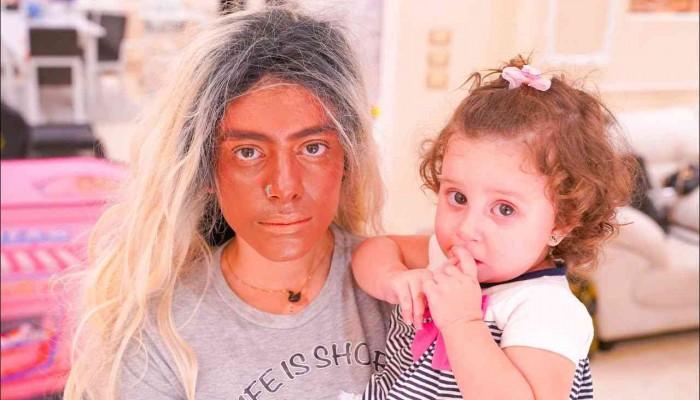 النيابة المصرية تستدعي يوتيوبر وزوجته بسبب استغلالهما ابنتهما
