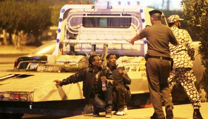 التليجراف: السعودية تحتجز 16 ألف مهاجر إثيوبي في ظروف بائسة
