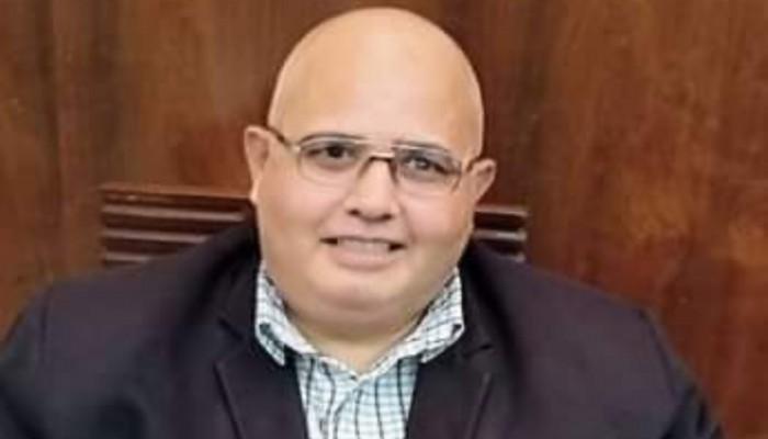 بسبب مقاضاته وزيرا.. أمن الدولة تهدد معلما مصريا باعتقال أسرته