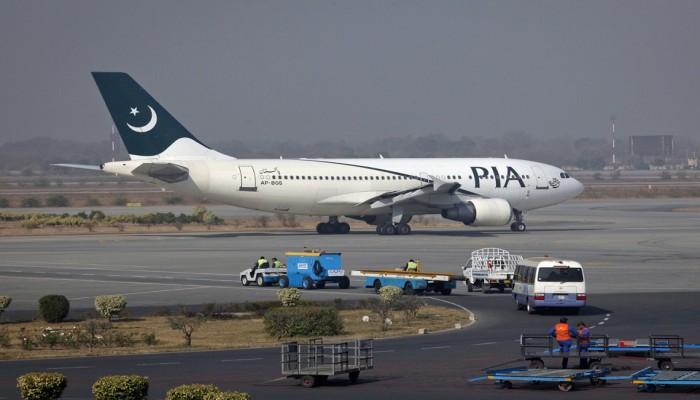 باكستان تحقق مع 50 طيارا و5 مسؤولين بقضية الرخص المزورة