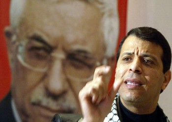 بدون مواربة.. أمريكا: نفكر باستبدال عباس بدحلان