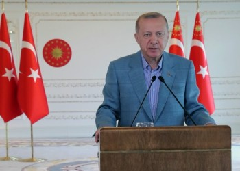 أردوغان يحذر من جهات معادية تحاول شغل تركيا عن تحقيق نهضتها