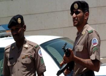 سعودي يطلق النار على عمال ويصيب اثنين (فيديو)