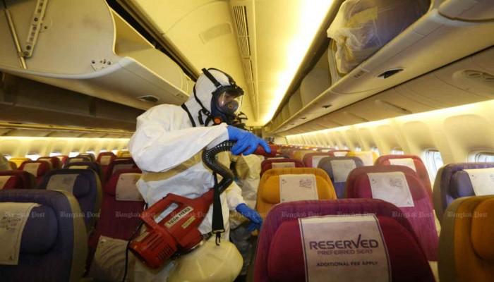 دراسة: 11 ألف شخص أصيبوا بكورونا خلال سفرهم على الطائرات