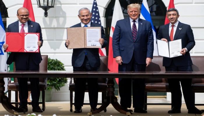 من مصر إلى الإمارات.. وقائع مسيرة التطبيع الكارثي مع إسرائيل