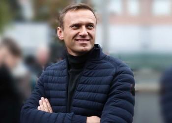 المعارض الروسي نافالني يغادر المستشفى بعد تحسن صحته