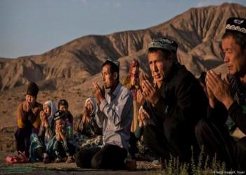 الصين شيدت 380 معسكر اعتقال لمسلمي الإيجور