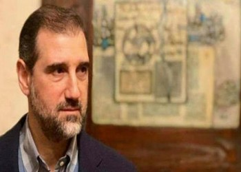 نظام الأسد يطلق سراح العشرات من موظفي شركات رامي مخلوف